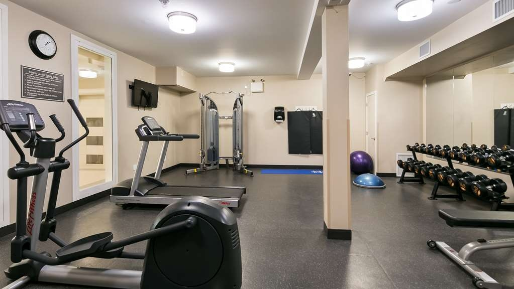 Best Western Plus Fort Saskatchewan Inn & Suites - Fitness Center