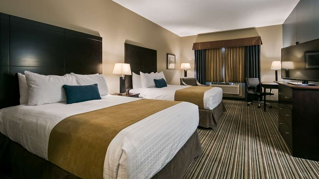 Best Western Plus Fort Saskatchewan Inn & Suites - Guest Room
