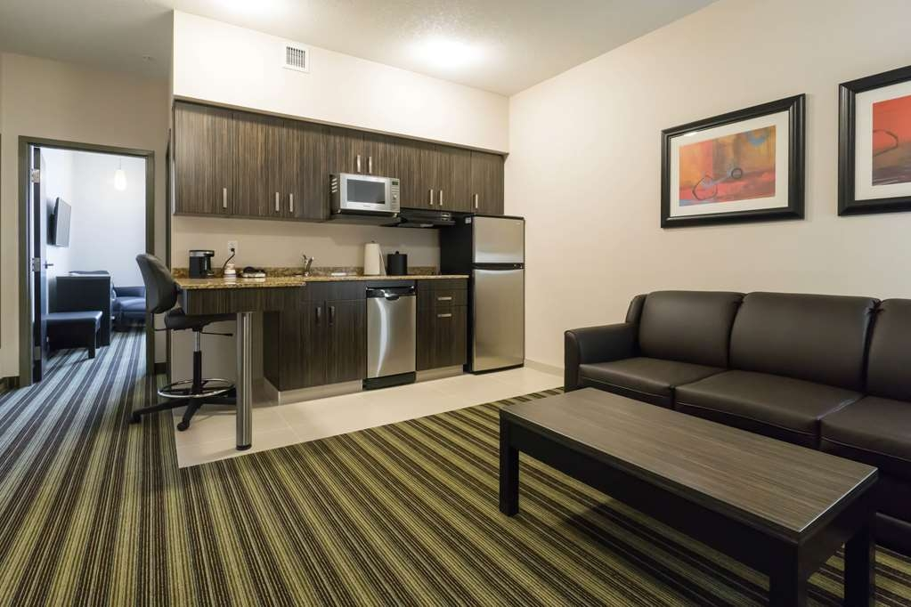 Best Western Plus Drayton Valley All Suites - Suite