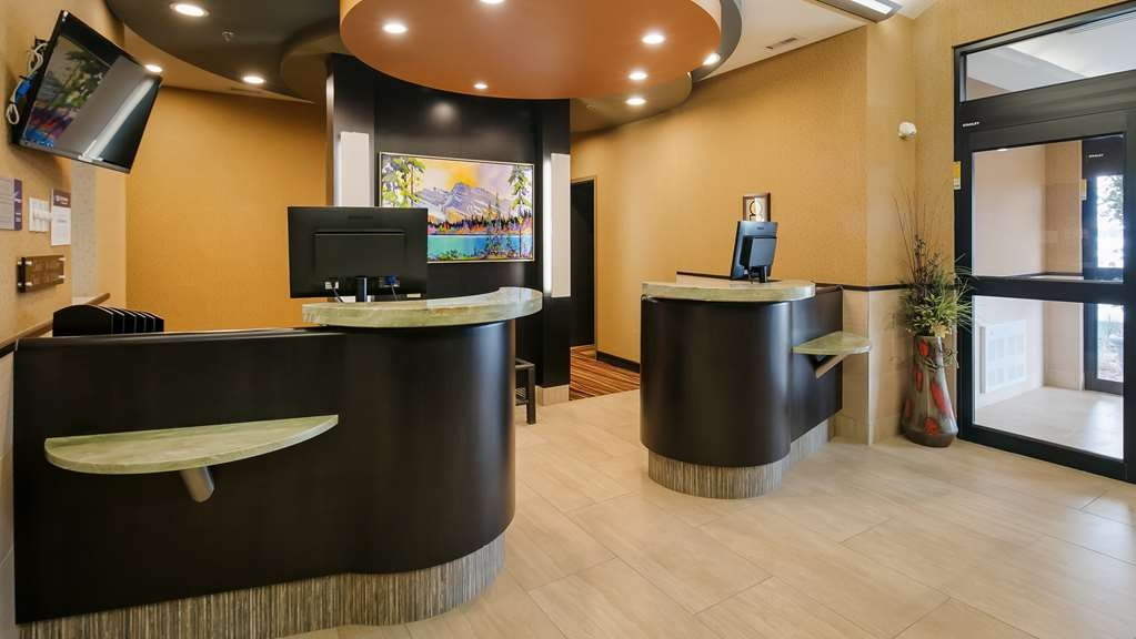 Best Western Plus Drayton Valley All Suites - Hall