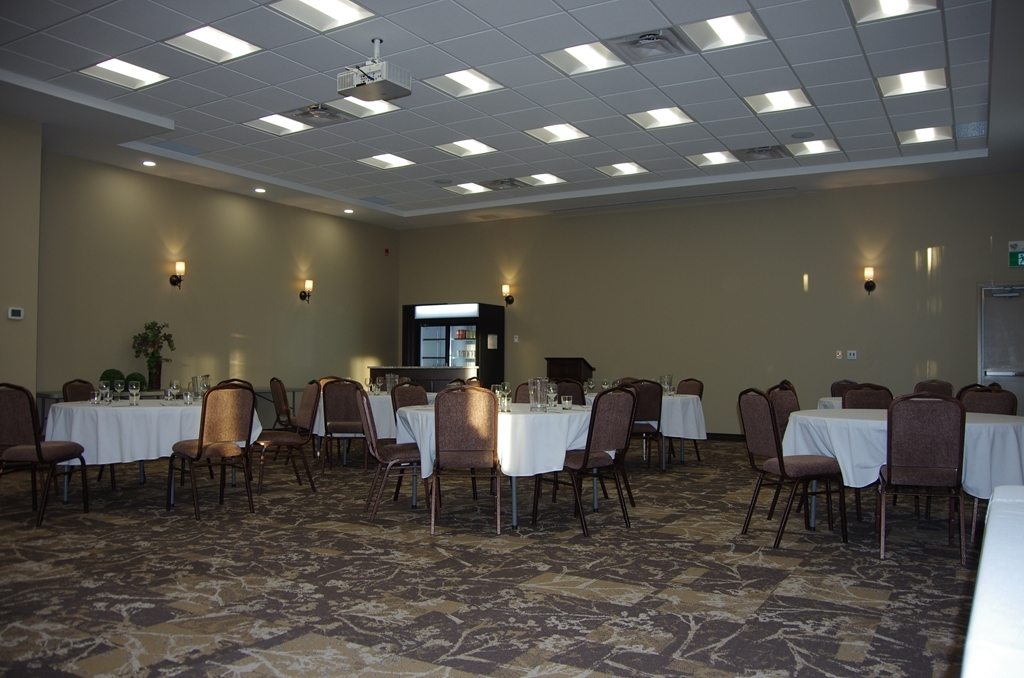 Best Western Plus Lacombe Inn & Suites - Gustafson A Conference Space