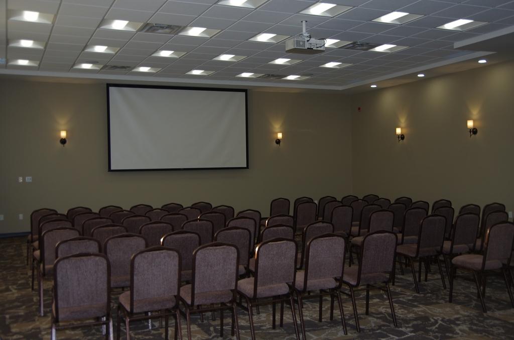 Best Western Plus Lacombe Inn & Suites - sala de conferencias