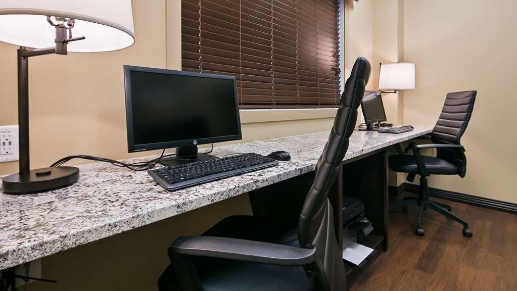 Best Western Plus Lacombe Inn & Suites - centre des affaires
