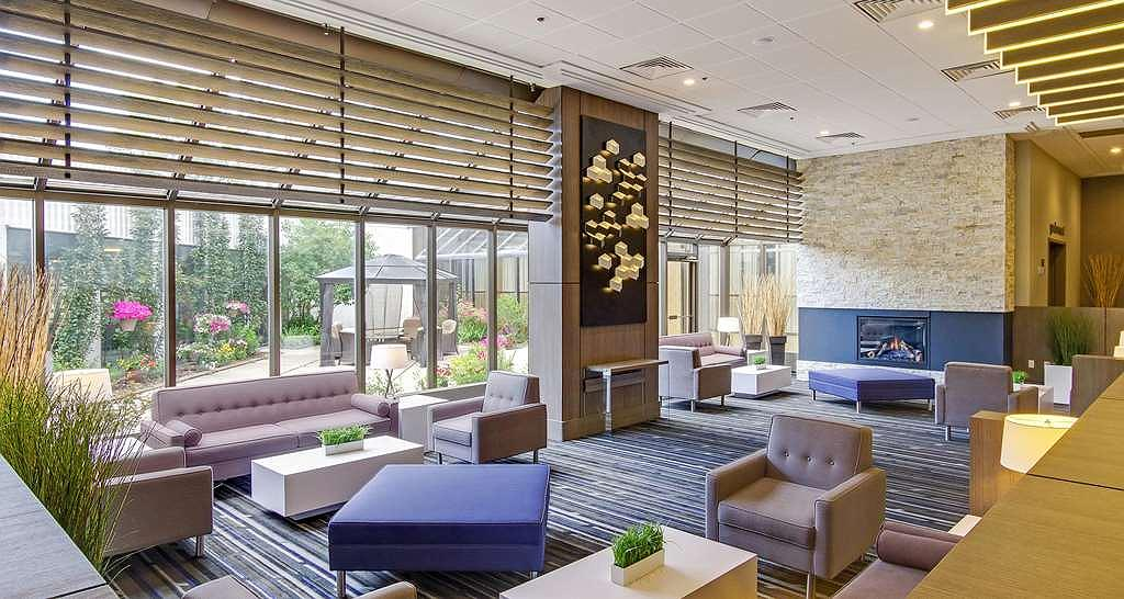 Best Western Premier Calgary Plaza Hotel & Conference Centre - Vue du lobby