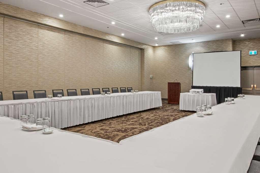 Best Western Premier Calgary Plaza Hotel & Conference Centre - Plaza U Shape Setup