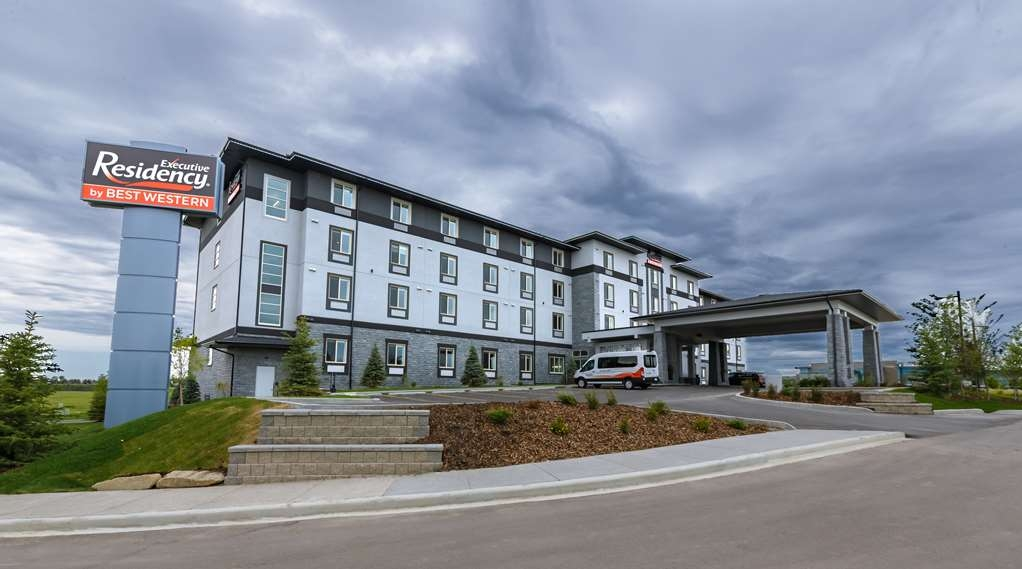 Executive Residency by Best Western Calgary City View North - Außenansicht