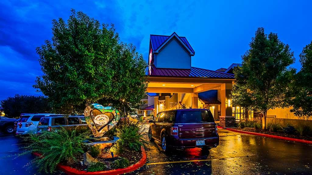 Best Western Plus Loveland Inn - Area esterna