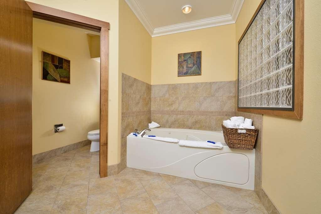 Best Western Plus Loveland Inn - Suite