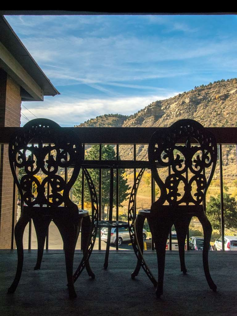 Best Western Plus Rio Grande Inn - Enjoy a beverage or simply relax on the balcony of your King room.