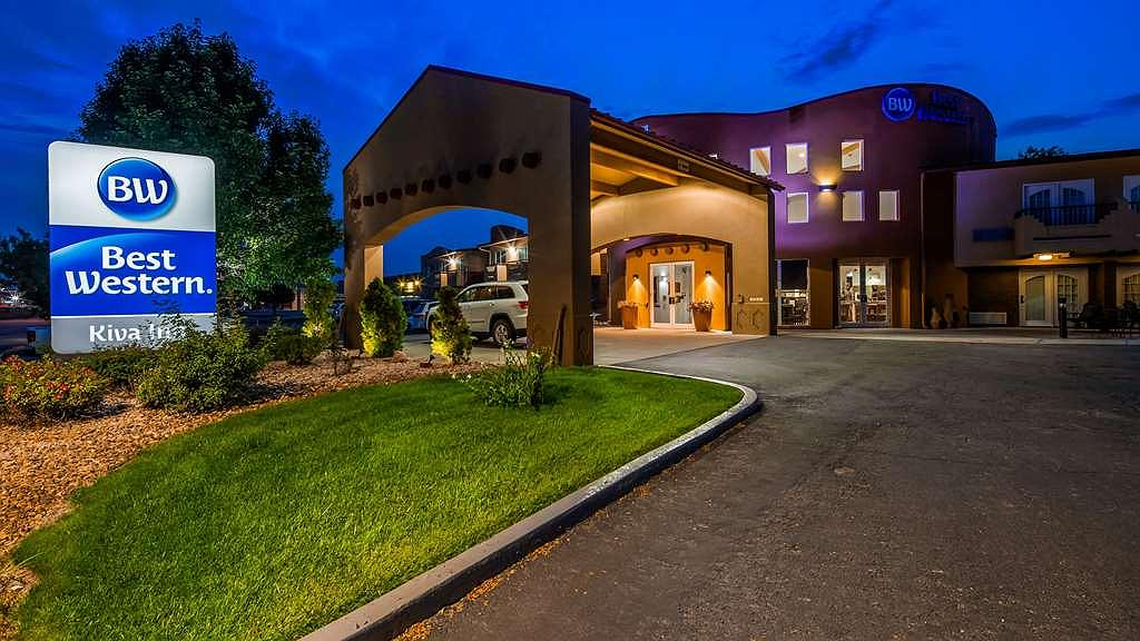 Best Western Kiva Inn - Vista Exterior