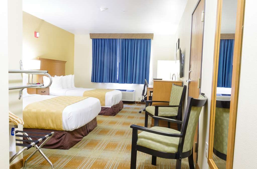 Best Western Kiva Inn - Handicapped Accessible Room with two double beds