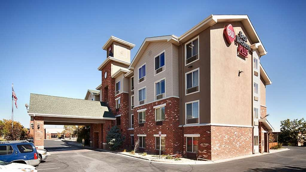 Best Western Plus Gateway Inn & Suites - Vista Exterior