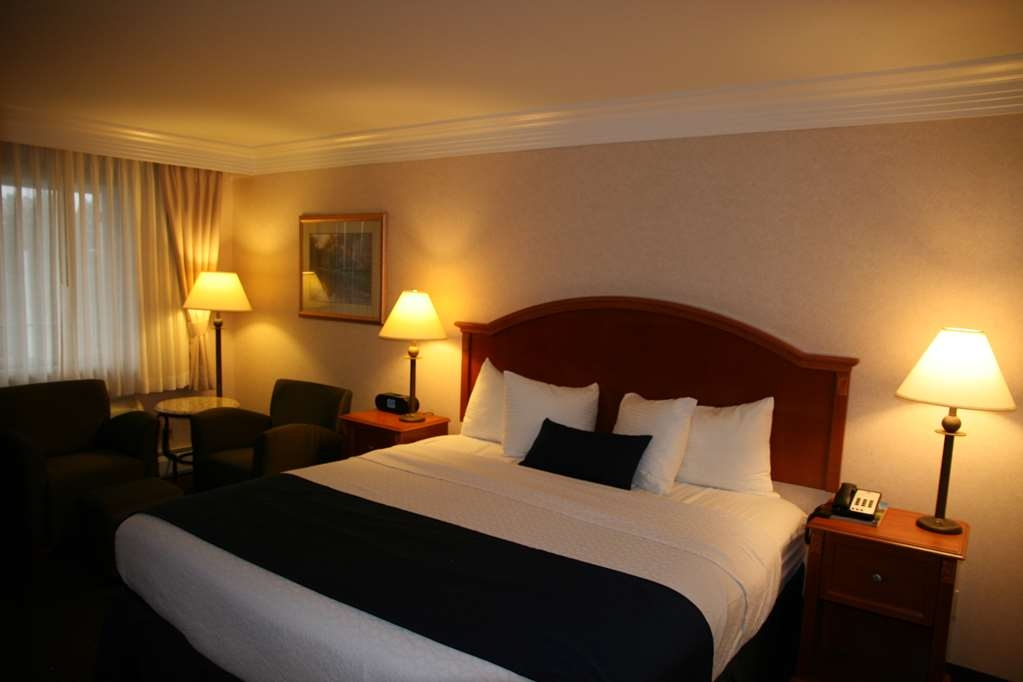 Best Western Plus Silver Saddle Inn - Suite