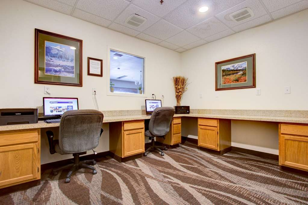 Best Western Firestone Inn & Suites - Business center