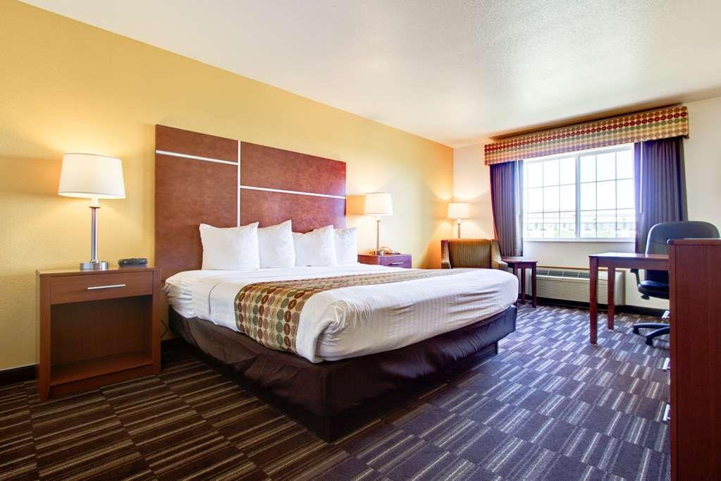 Best Western Firestone Inn & Suites - Feel like royalty in our guest rooms with one king bed.