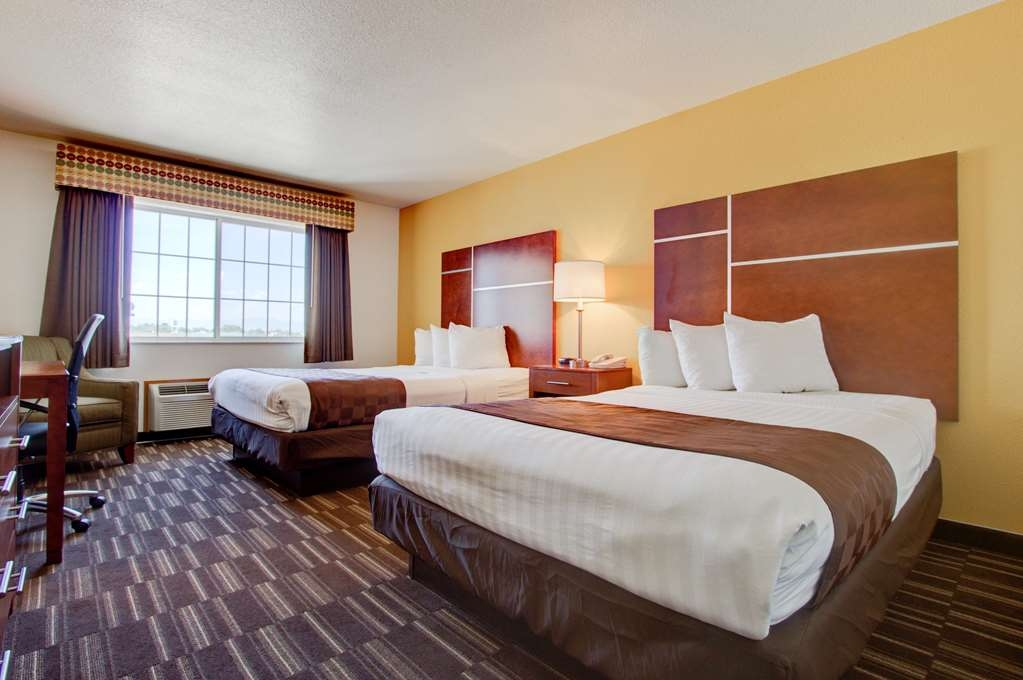 Best Western Firestone Inn & Suites - Our double queen rooms are perfect for the traveling family!