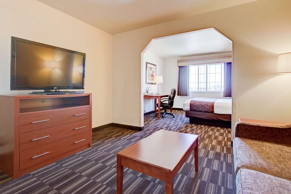 Best Western Firestone Inn & Suites - Suite