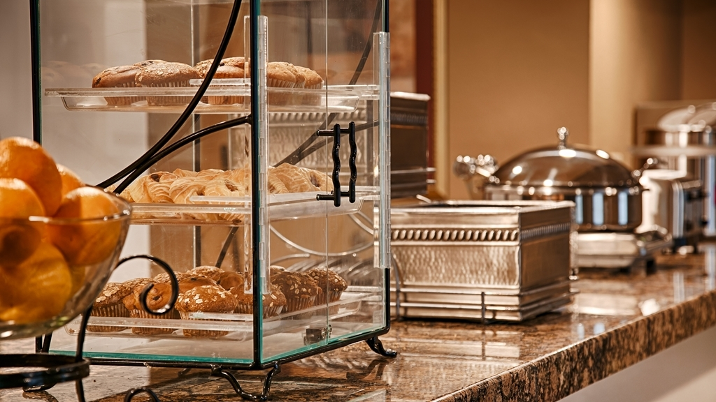 Best Western Executive Inn & Suites - Prima colazione a buffet