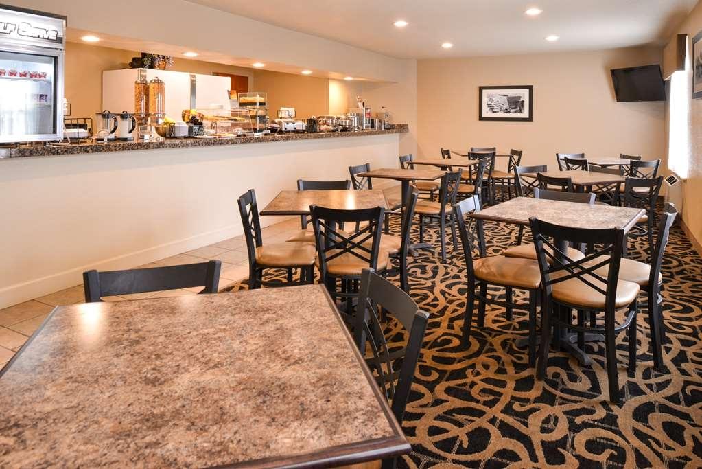 Best Western Executive Inn & Suites - Restaurant / Gastronomie