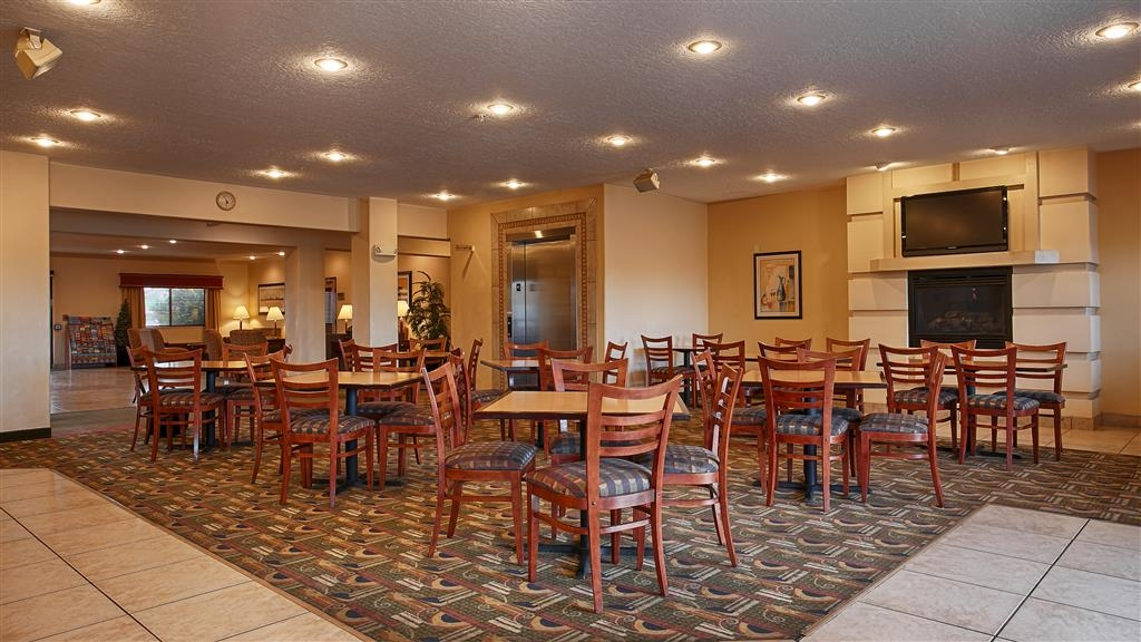 Best Western Plus Eagleridge Inn & Suites - Restaurant / Gastronomie