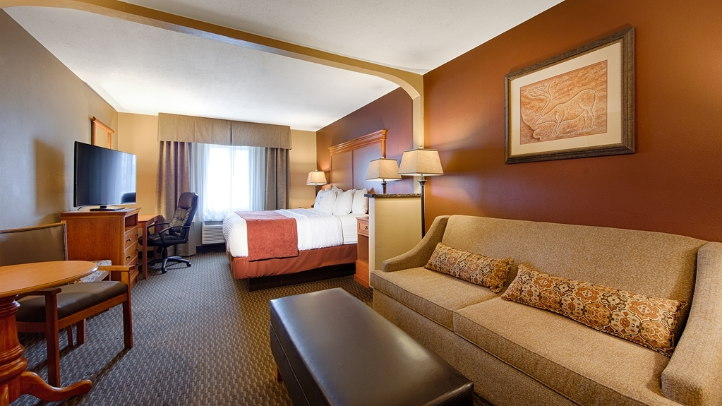 Best Western Plus Deer Park Hotel and Suites - Extended Stay Suite