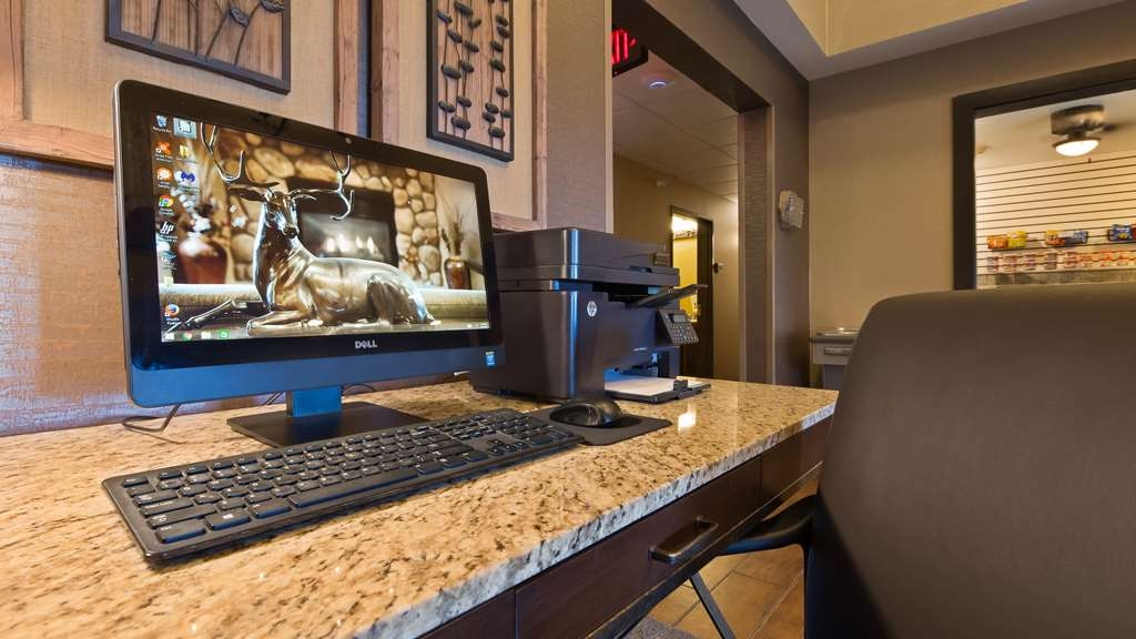 Best Western Plus Deer Park Hotel and Suites - We've added the extra touches to ensure that your stay is the best it can be.