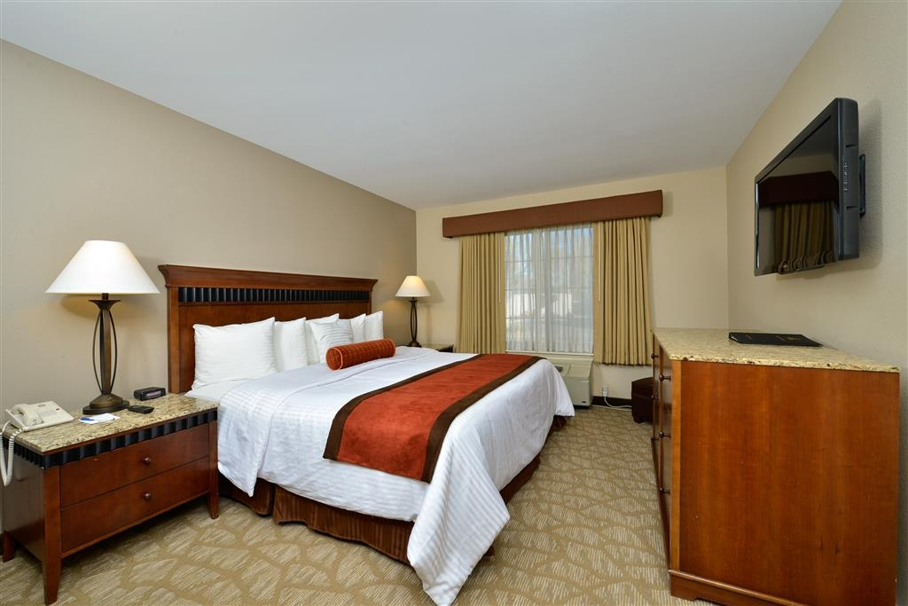 Best Western Denver Southwest - Our newly renovated and spacious standard king rooms are elegantly appointed and provide a wide range of amenities.