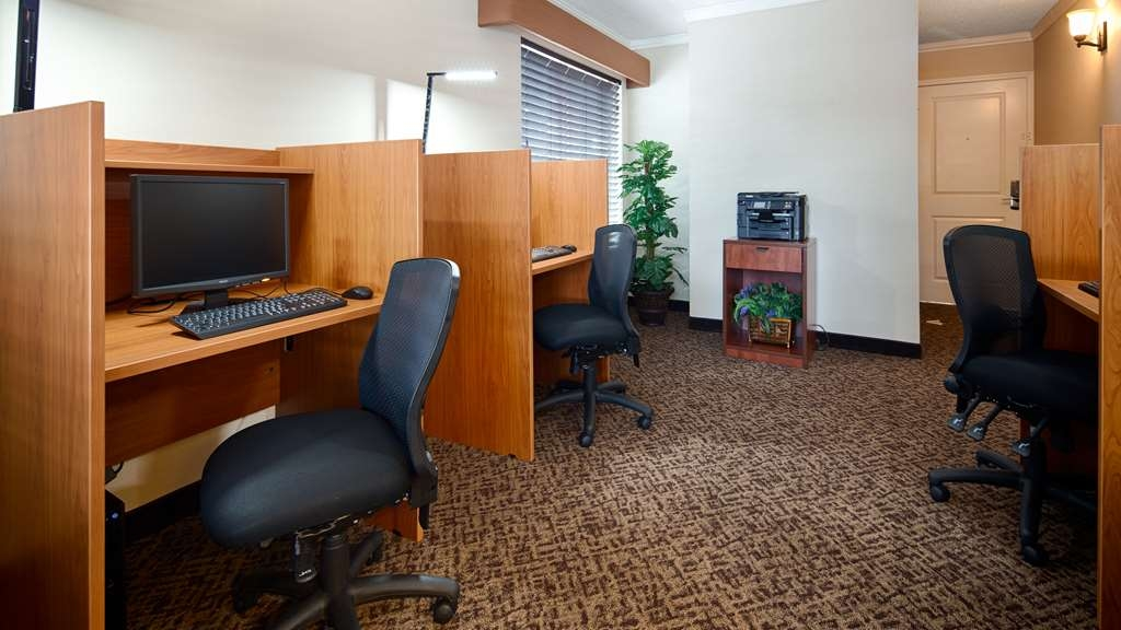 Best Western Denver Southwest - Business Center