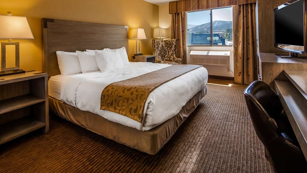 Best Western Alpenglo Lodge - ADA Mobility Accessible Guest Room