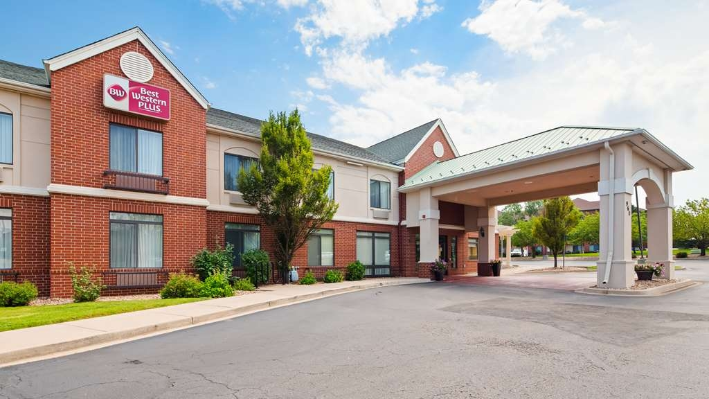Best Western Plus Louisville Inn & Suites - Welcome to the Best Western Plus Louisville Inn & Suites.
