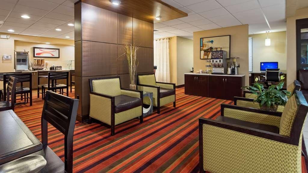 Best Western Plus Denver International Airport Inn & Suites - Lobbyansicht