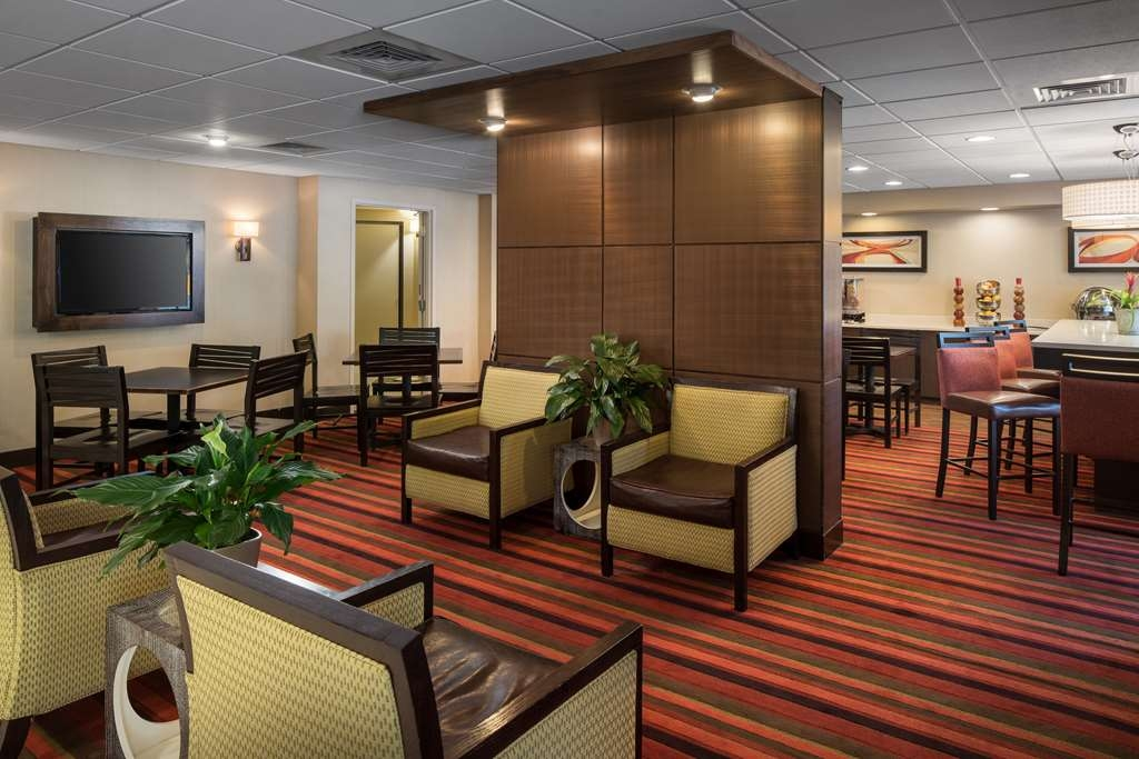 Best Western Plus Denver International Airport Inn & Suites - Vue du lobby