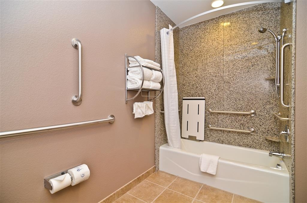 Best Western Plus Carousel Inn & Suites - Mobility Accessible Tub/Shower
