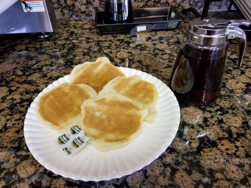 Best Western Plus Carousel Inn & Suites - Pancakes Everyday