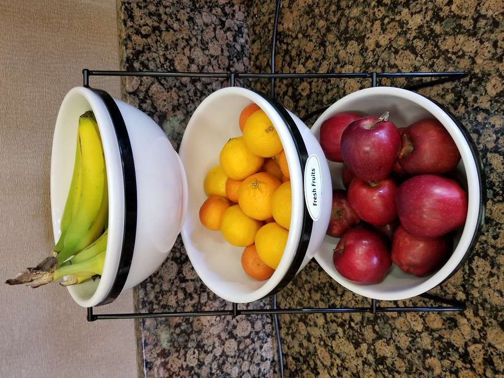 Best Western Plus Carousel Inn & Suites - Fresh Fruits Daily