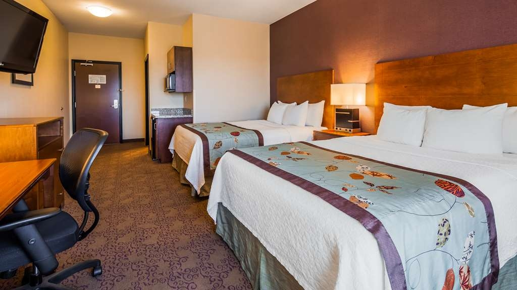 Best Western Plus Carousel Inn & Suites - Double Queen Guest Room