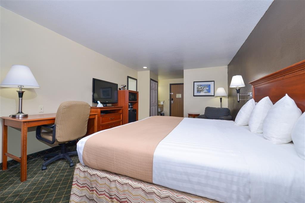 Best Western Canon City - If you have to work after hours, all our rooms include complimentary wired and wireless Internet.
