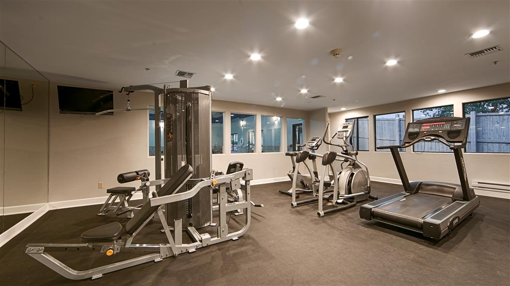 Best Western Plus Eagle Lodge & Suites - Get fit in our exercise room.