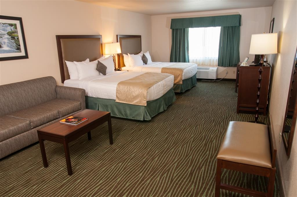 Best Western Plus Eagle Lodge & Suites - Deluxe Double Queen Bed Guest Room