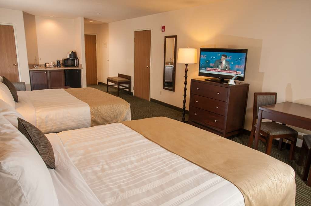 Best Western Plus Eagle Lodge & Suites - Suite