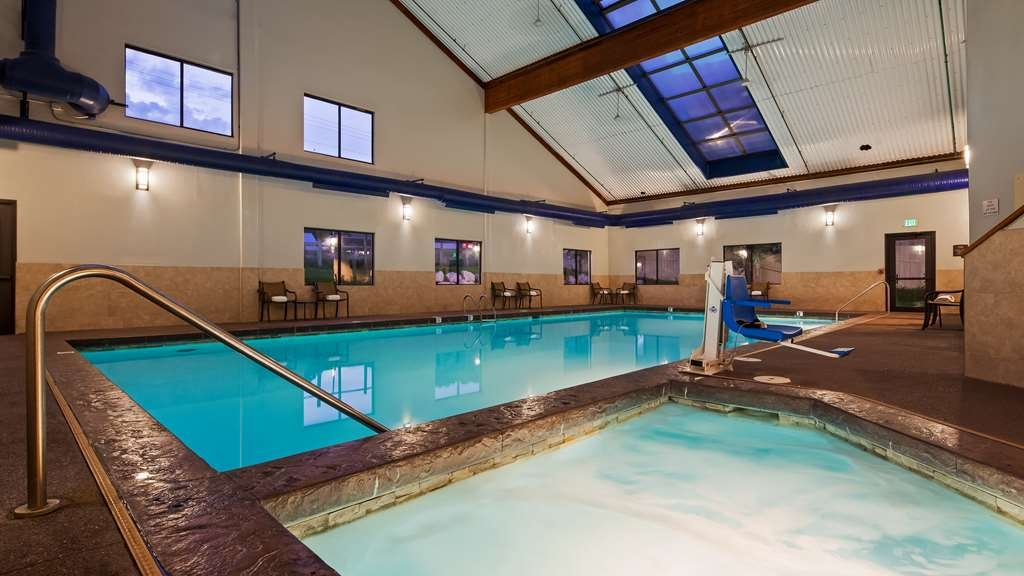 Best Western Plus Eagle Lodge & Suites - Vue de la piscine