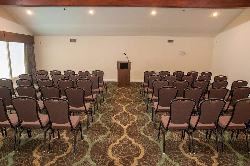 Best Western Plus Eagle Lodge & Suites - The BEST WESTERN PLUS Eagle Lodge & Suites is a wonderful place to hold your next meeting.