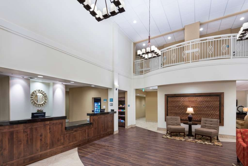 Best Western Plus Hudson Hotel & Suites - reception