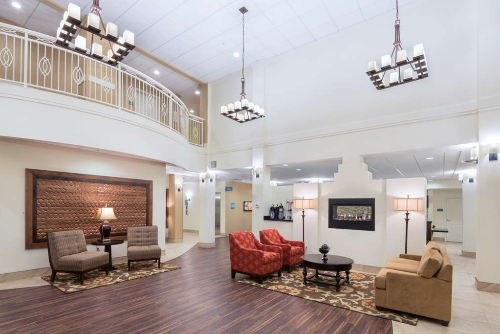 Best Western Plus Hudson Hotel & Suites - Hall