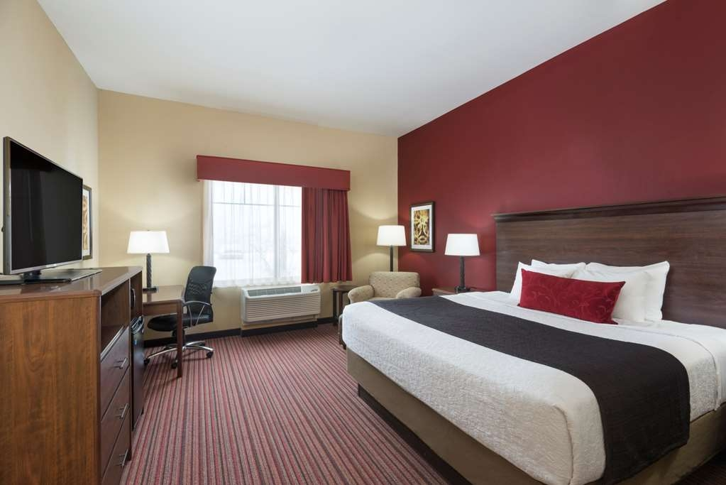 Best Western Plus Hudson Hotel & Suites - King Guest Room