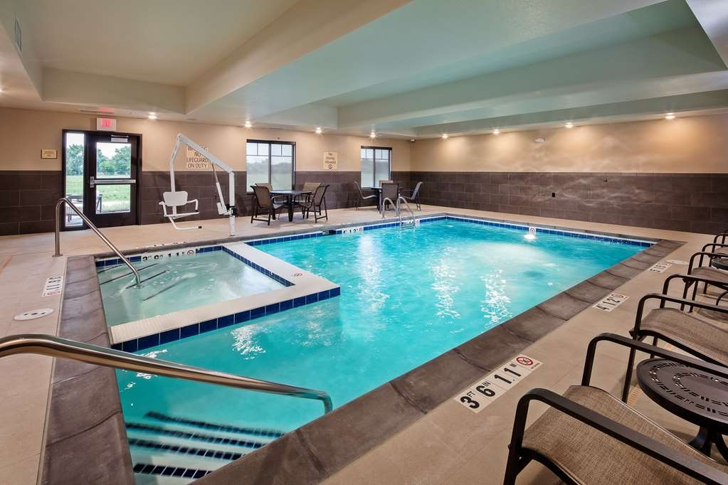 Best Western Plus Overland Inn - Piscina