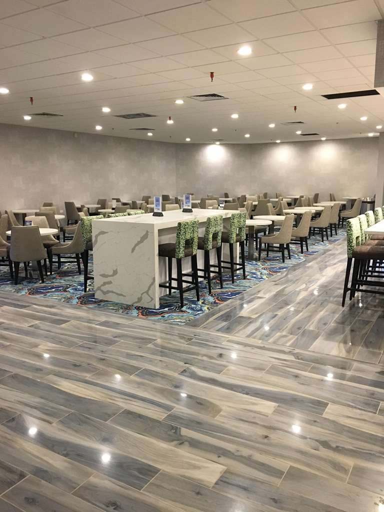 Best Western Plus Denver-Stapleton Hotel - Restaurant / Etablissement gastronomique