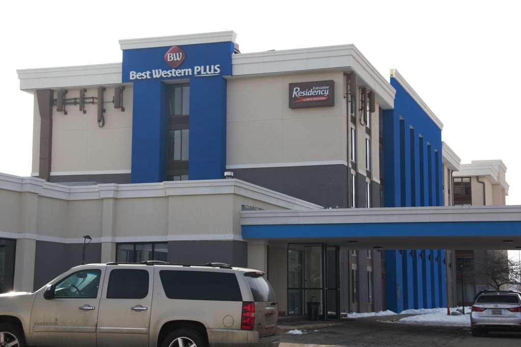 Executive Residency by Best Western Denver-Stapleton - Facciata dell'albergo