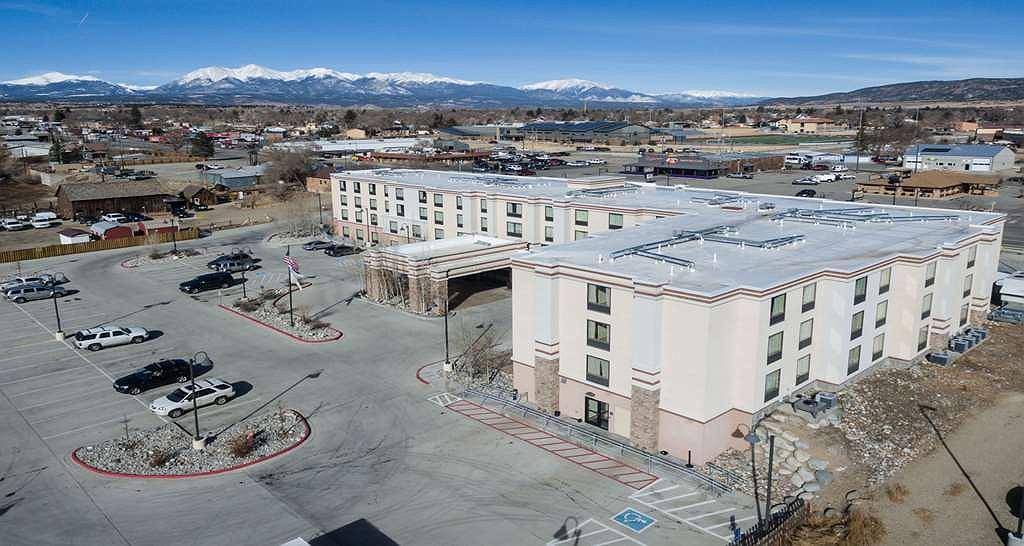 SureStay Plus Hotel by Best Western Salida - Area esterna