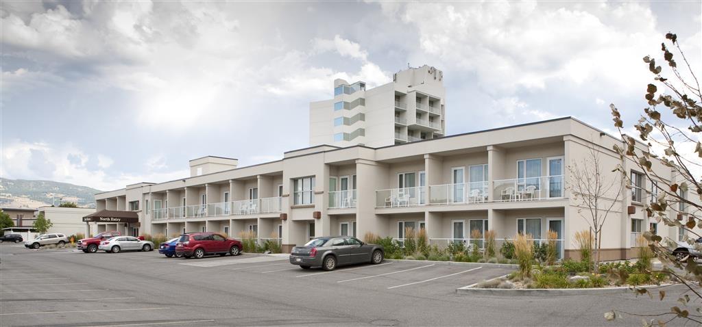 Best Western Plus Kelowna Hotel & Suites - Außenansicht